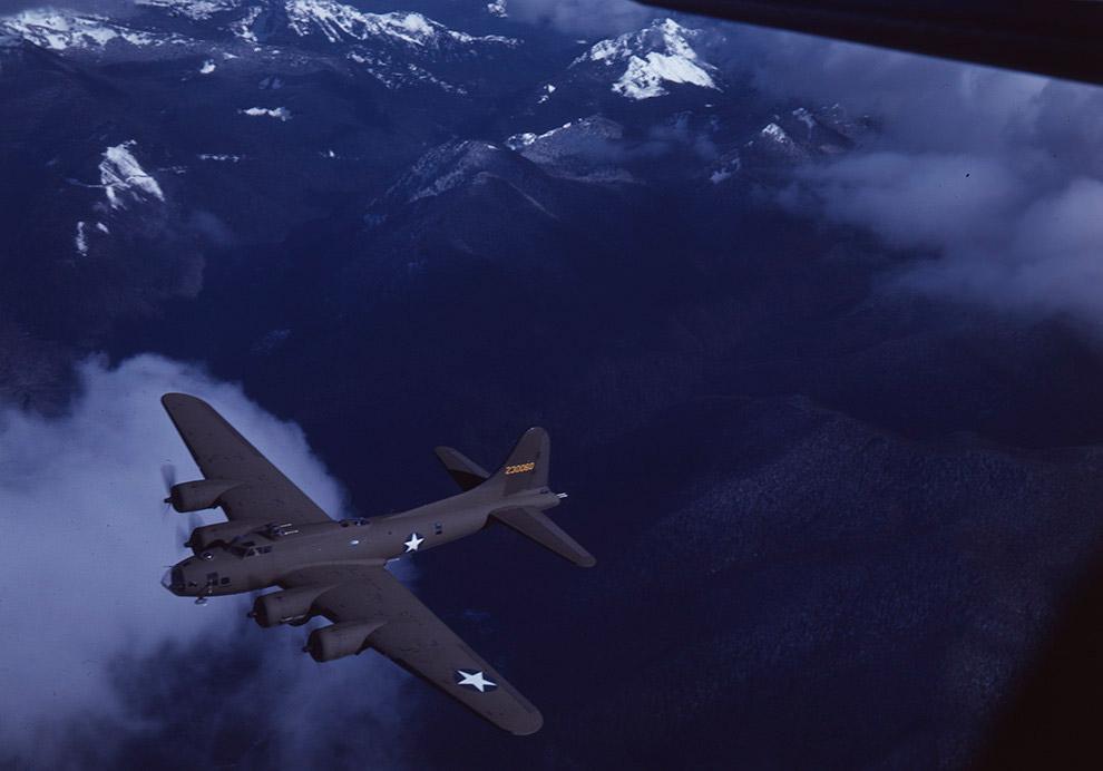 23. Хвостовой пулемет Boeing B-17 Flying Fortress.