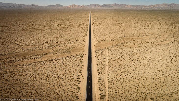 2. Долина Смерти просто огромная! И для того, чтобы посмотреть её всю, нужно очень много времени. К