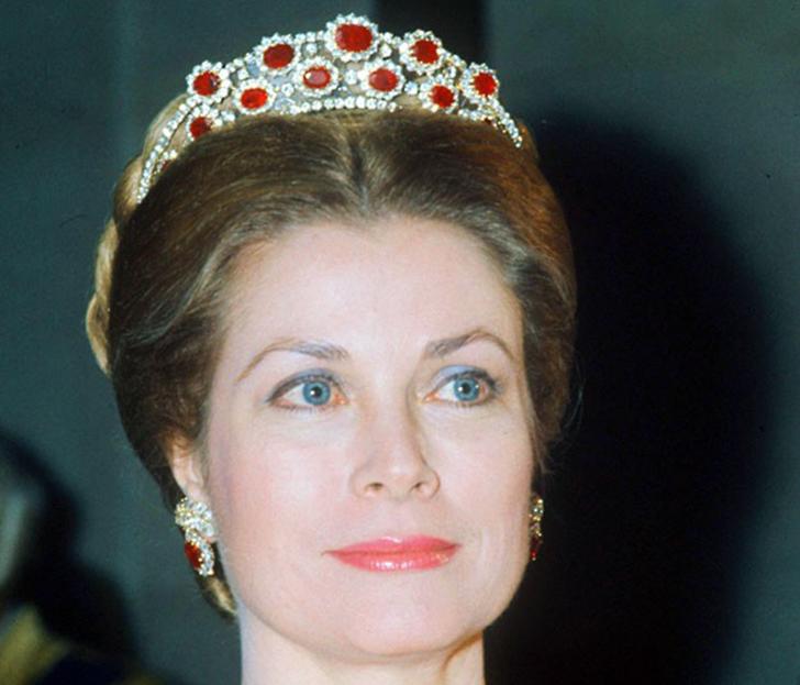 29 ноября 1973 года. 10-я княгиня Монако Грейс на приеме в Версале.