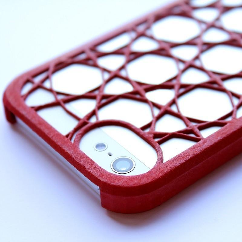 8. Чехол на iPhone.