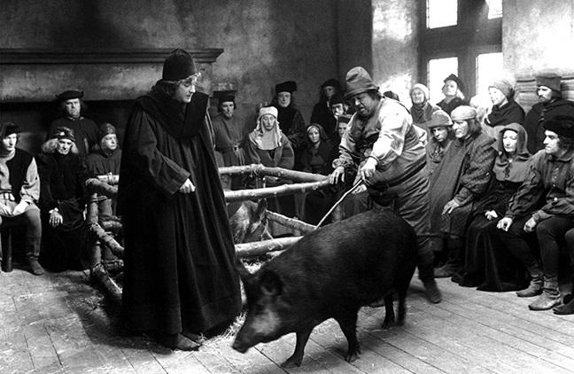 Согласно средневековым представлениям, животные могли нести ответственность за свои поступки, с XIII