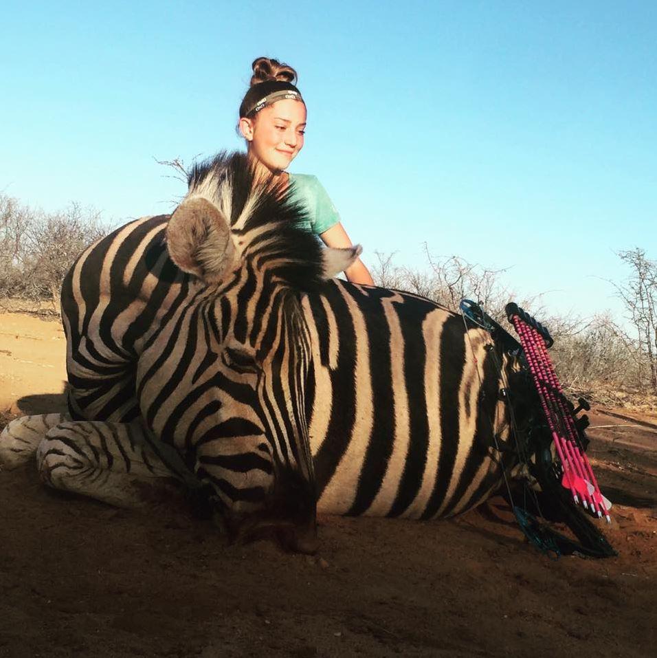 Ее отец Эли сказал в интервью телепрограмме, что жираф, которого убила его дочь, был «проблемным» жи