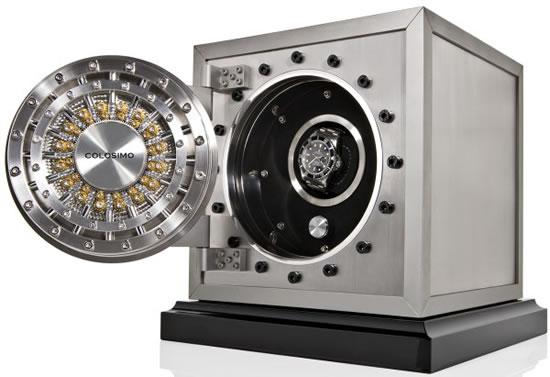 Самый добрый сейф находится в Мюнхене. В знаменитой пивной «Хофбройхаус» стоит большое хранилище с з