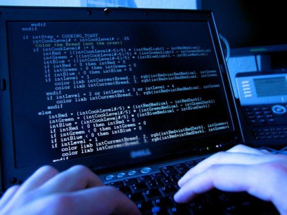 Босс ЦРУ выступил против кибератак вадрес РФ