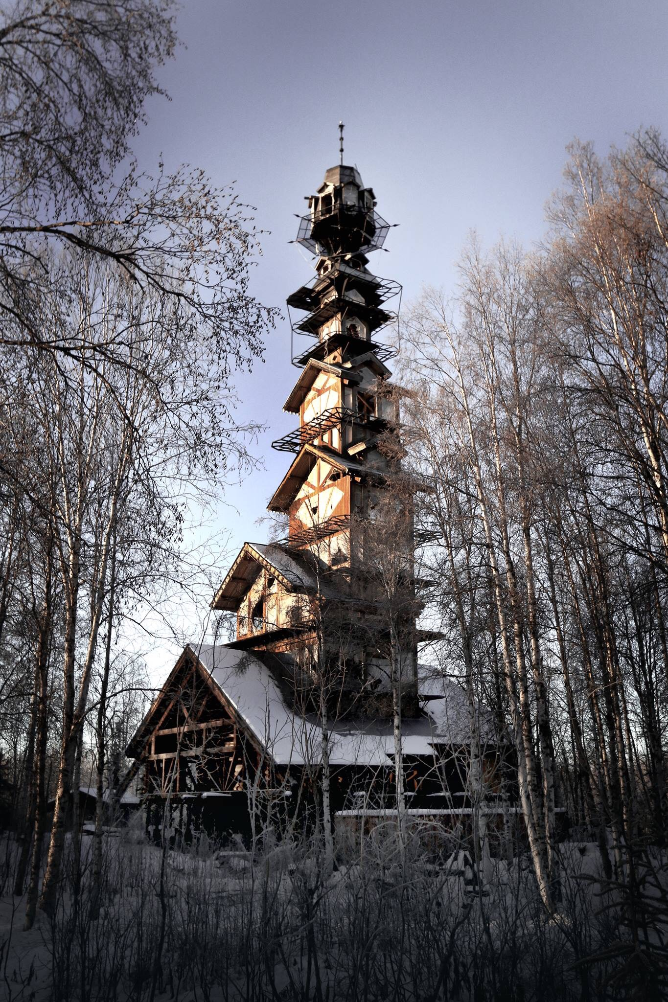 A Towering Home in the Alaskan Wilderness Looks Like Something Right out of a Dr. Seuss Book