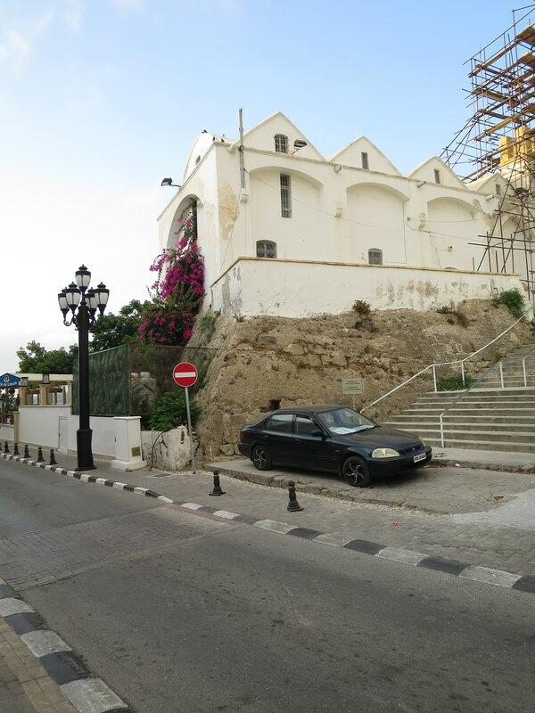 Кирения. Фрагмент городских укреплений в северо-западном углу (С)