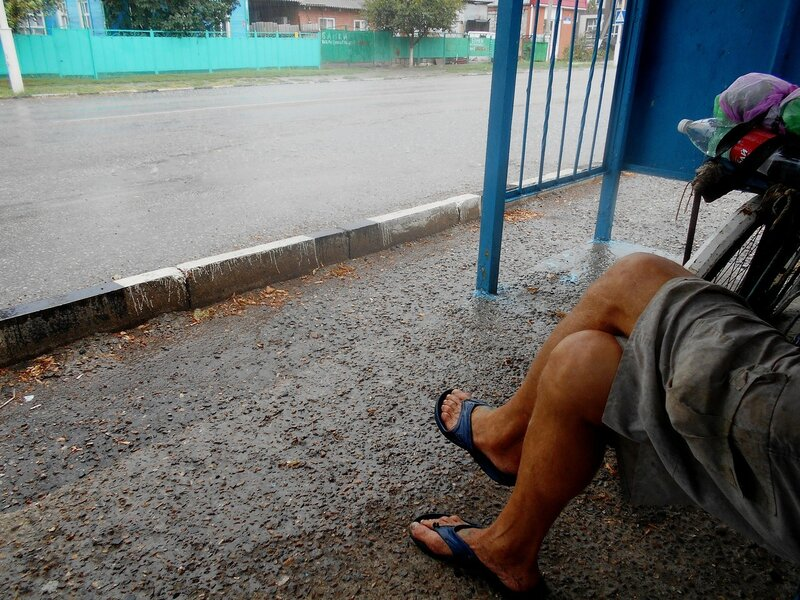 Пережидаем дождь ... DSCN8956.JPG