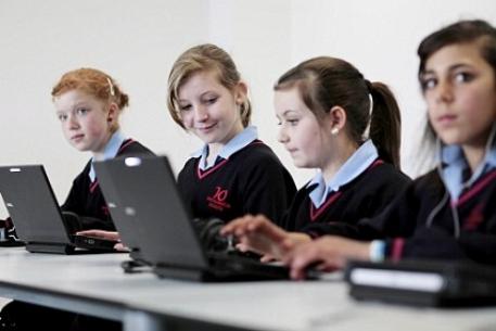 Использование ноутбуков науроках вшколе улучшает успеваемость— Ученые