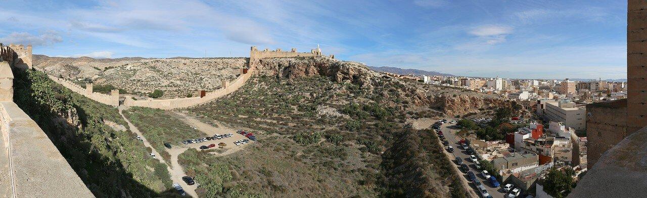 Almería. Muralla de Jairán. Panorama