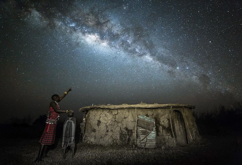 6. Победитель в категории «Небесный пейзаж». Утро в Великобритании. Луна, Венера, Марс и Юпитер