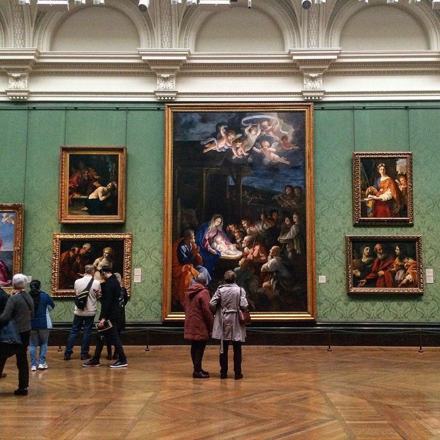 19. Лондонская национальная галерея (Лондон, Великобритания) Художественная галерея ежегодно принима