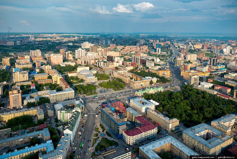 8. Новосибирский театр оперы и балета. Театр является одной из главных достопримечательностей и