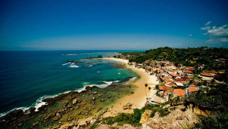 Морро-де-Сан-Паулу— один изсамых тихих островных городов вмире. Единственный путь кострову— на