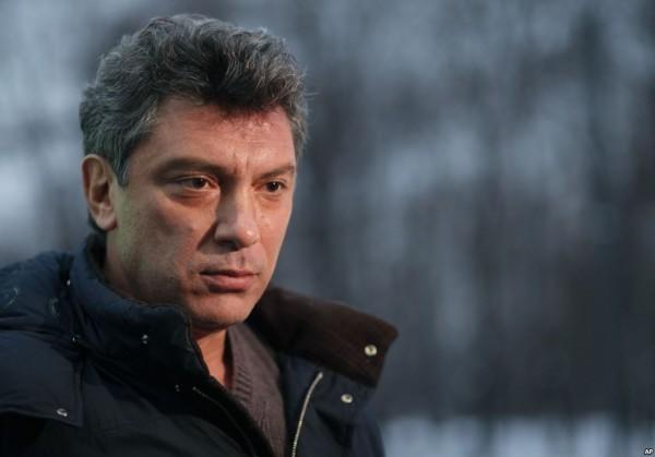 Источник вмэрии пояснил отказ установить доску Немцову действующим законодательством