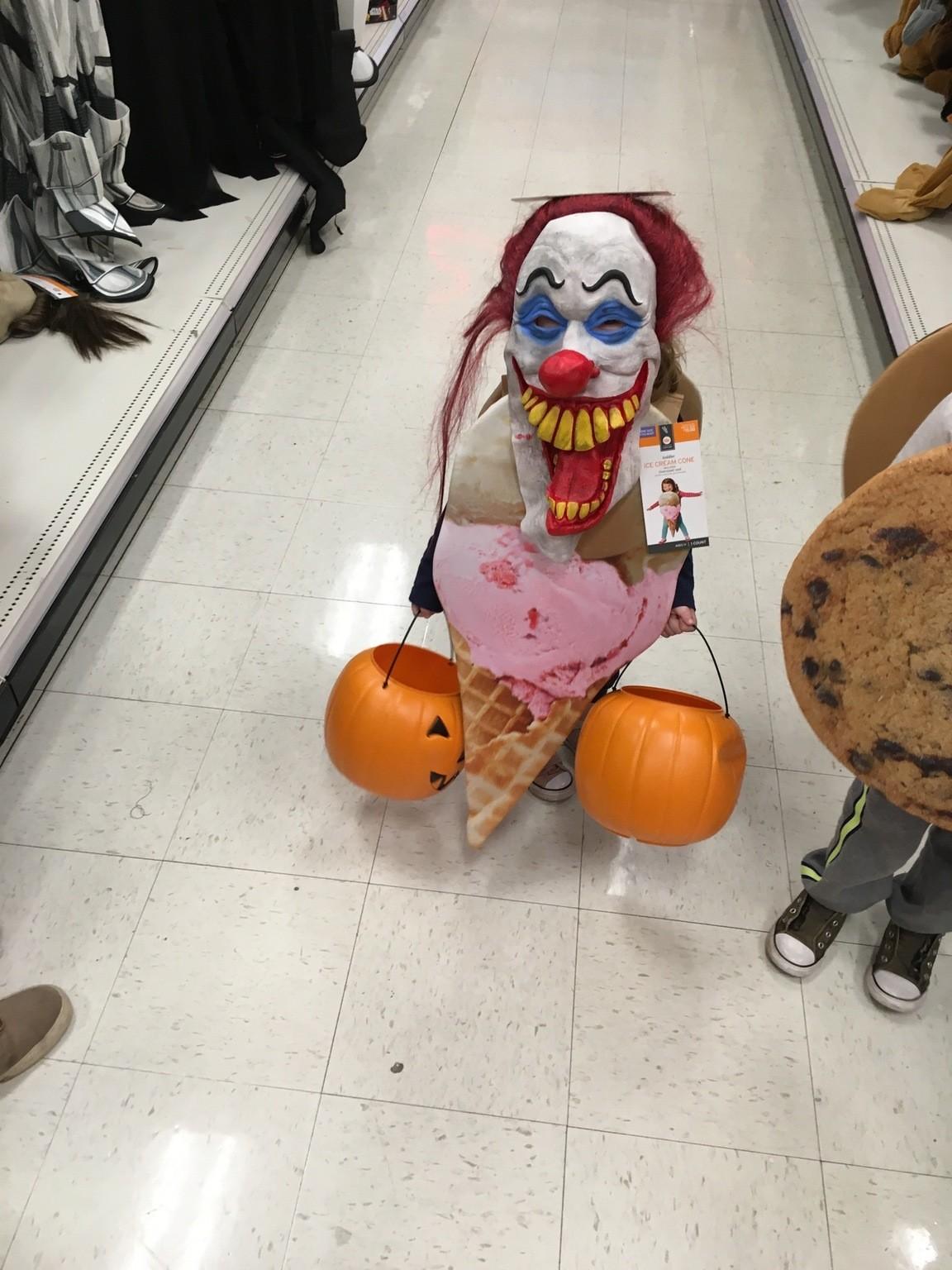 Костюмы на Хэллоуин - это отдельная тема