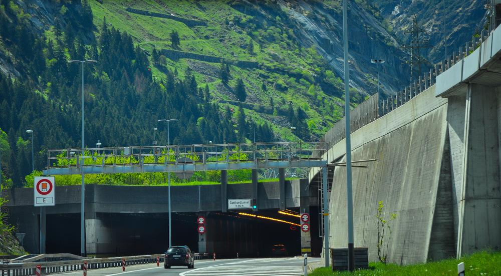 Schweiz-Strassen-(39).jpg