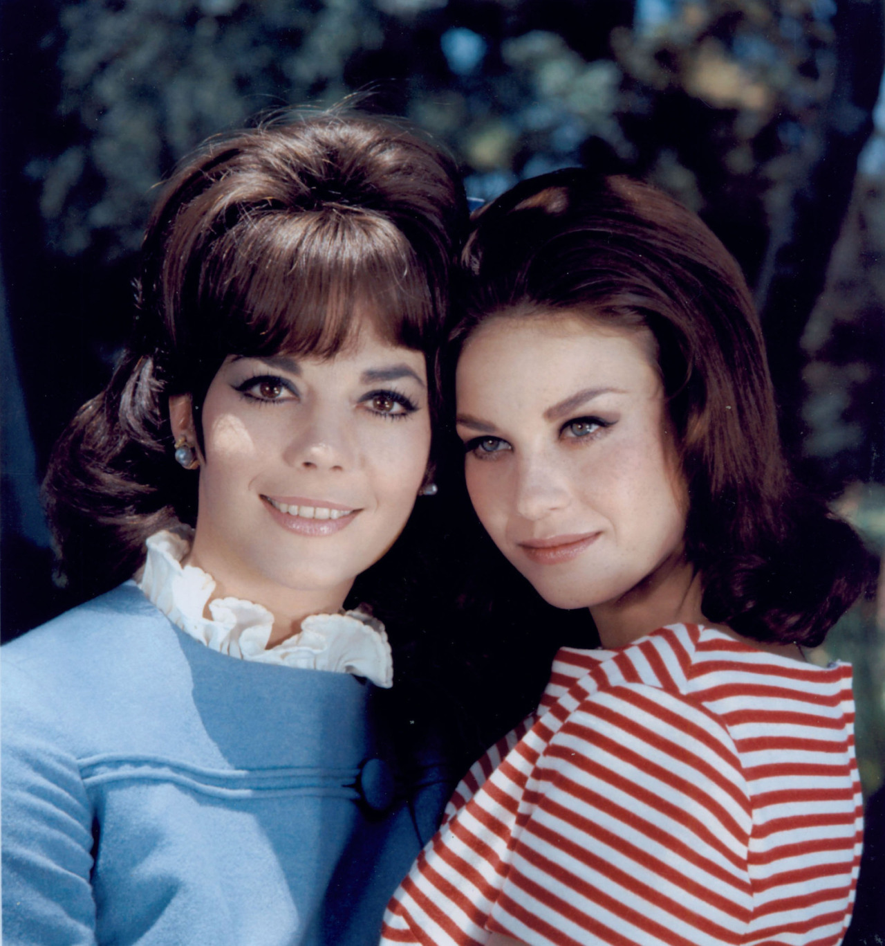 Natalie and Lana Wood.jpg