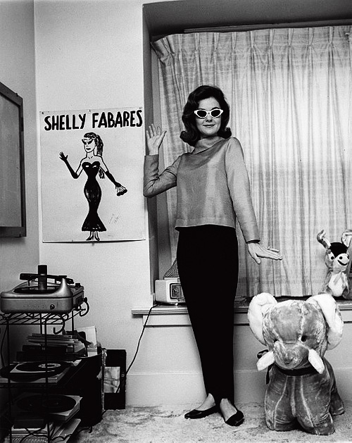 Shelley Fabares photographed by Joe Shere (c. 1962).jpg