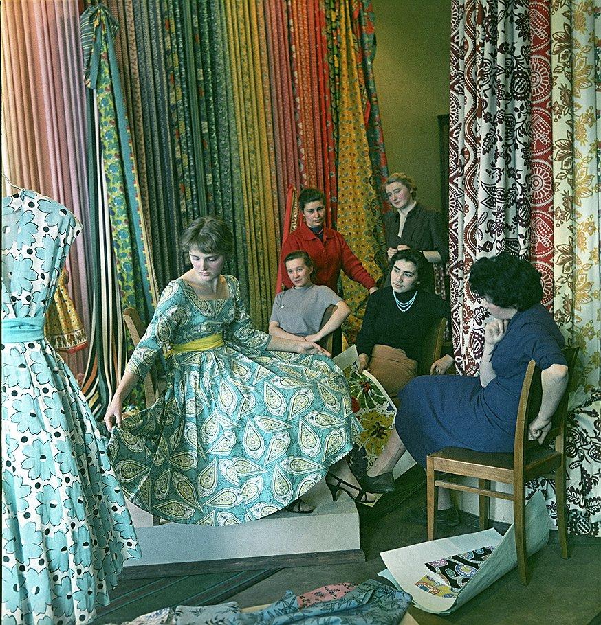 1959 Новоее платье Александр Узлян.jpg