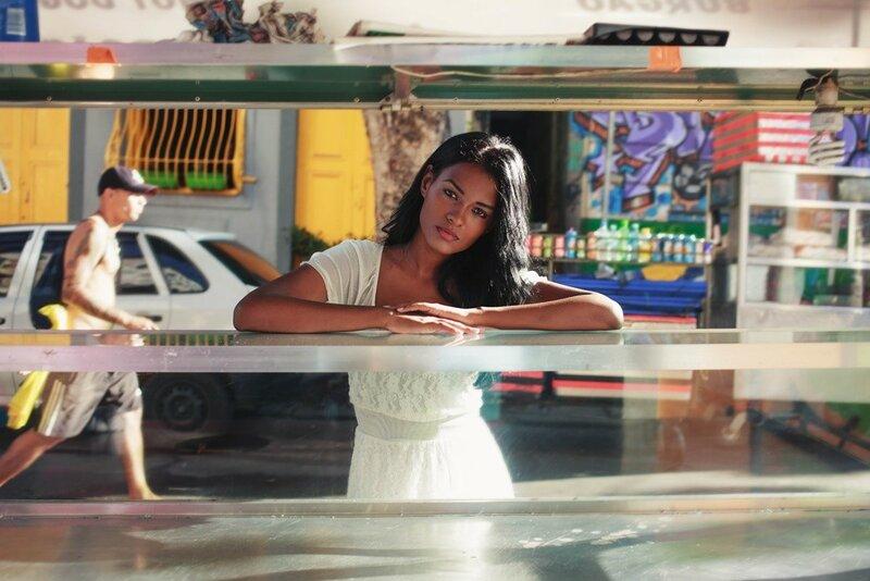 Михаэла Норок, «Атлас красоты»: 155 фотографий красивых женщин из 37 стран мира 0 1c623b e2a8413b XL