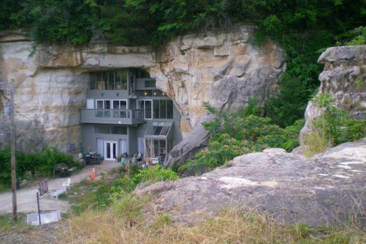 4 года длилась стройка дома с природным кондиционером. Плавающий дом