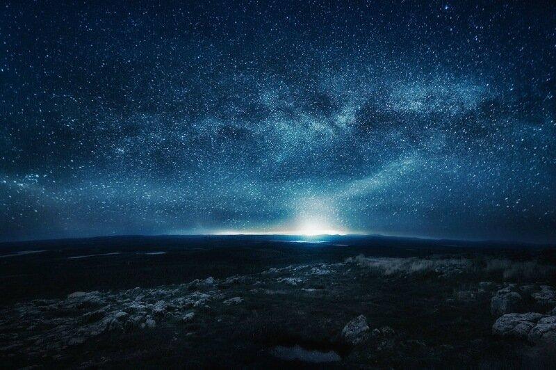 Сюрреалистичные фотографии ночного неба от Mikko Lagerstedt 0 230d48 bb95c527 XL