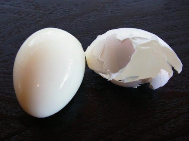 Как только вы узнаете зачем прокалывать яйца булавкой, то вы уже никогда не будете варить их по-другому