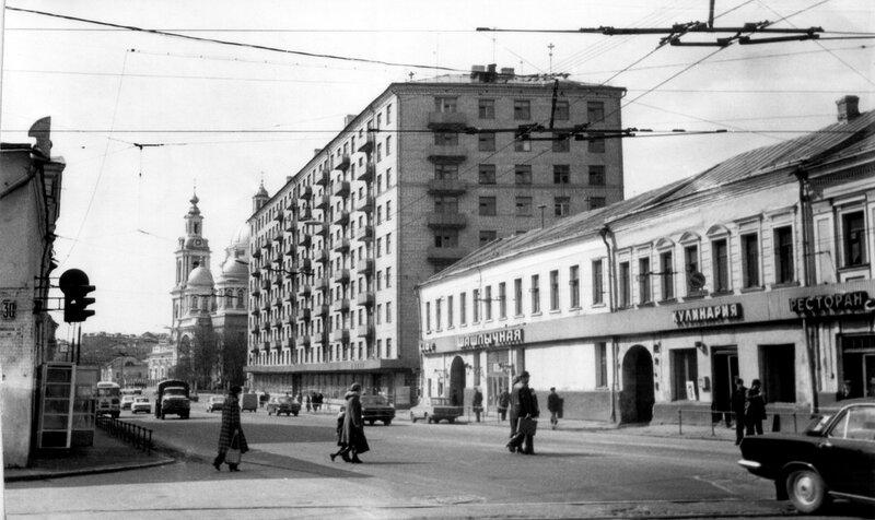 395624 Спартаковская улица Александр Малов 1970-е.jpg