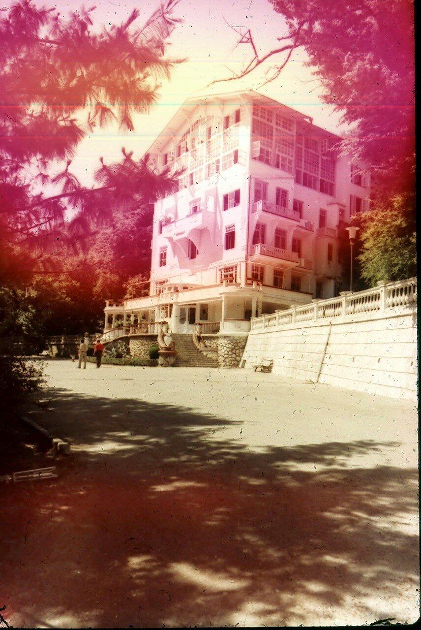 Абхазия. Дом отдыха на озере Рица