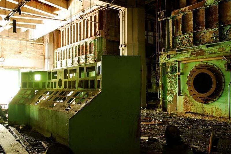 0 181ac8 d81e4820 orig - Заброшенные заводы ПотрясАющи