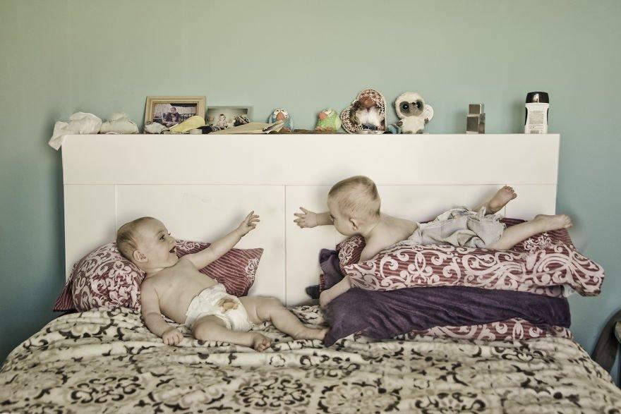 Когда в семье фотографа рождаются близнецы (24 фото)