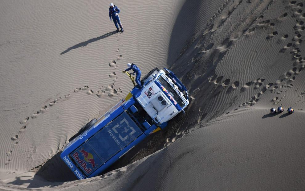28. Ралли Дакар 2016: гонка в пустыне. (Фото Franck Fife):