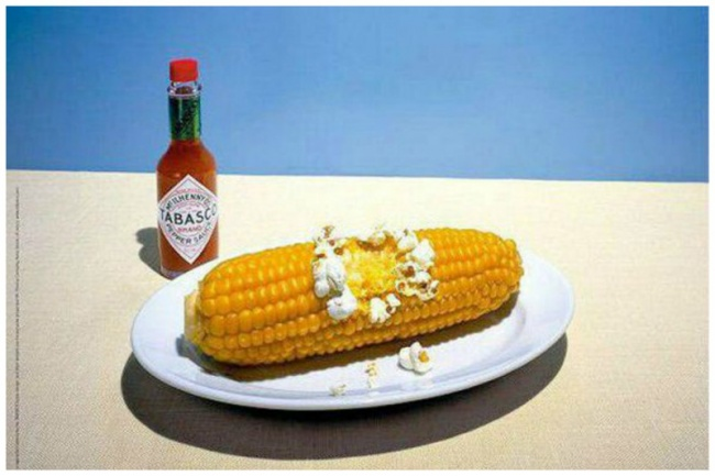 © jvm     Оннастолько горячий.    3. Реклама ополаскивателя для рта Listerin