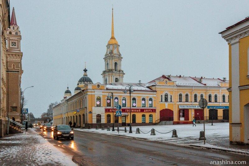 Волжская набережная и Красная площадь, Рыбинск