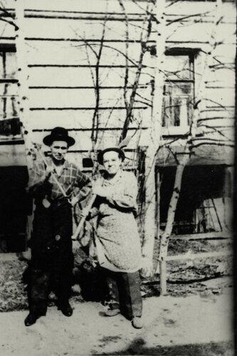 Хитрованцы на субботнике. Фот. В. Мосолова.1968 год.