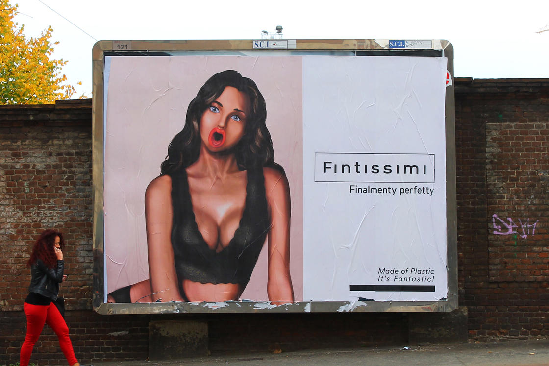 HOGRE – The street artist who hijacks advertising billboards in London (25 pics)