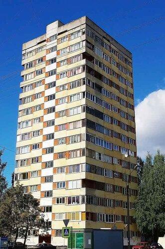 ул. Кустодиева 4к1