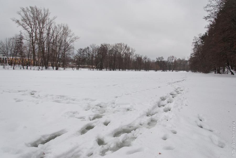 вода на льду