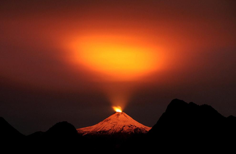 4. Начиная с XVI века вулкан извергался несколько десятков раз, имея максимальный перерыв затиш