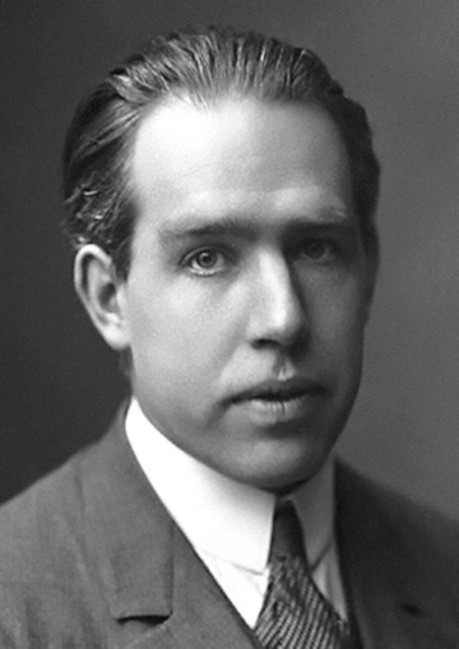 Нильс Бор Niels_Bohr.jpg
