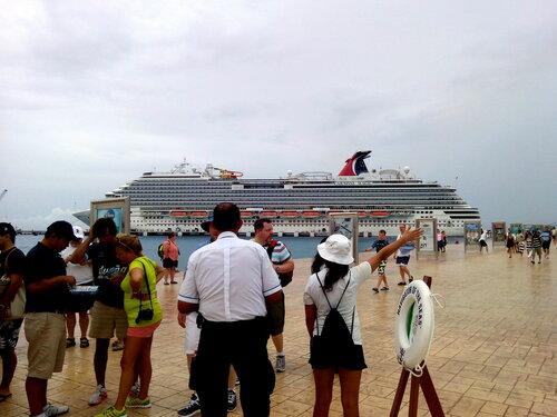 Круиз на лайнере Allur of the Seas