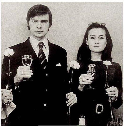 В конце 60-х Олег женился на дочери генерала КГБ Наталье Федотовой — близкой подруге Галины Брежнево