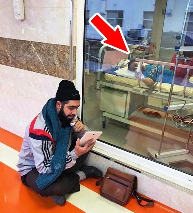 © imgur  Этот иранский мальчик болен раком, ноего учитель каждый день навещает его вбольнице
