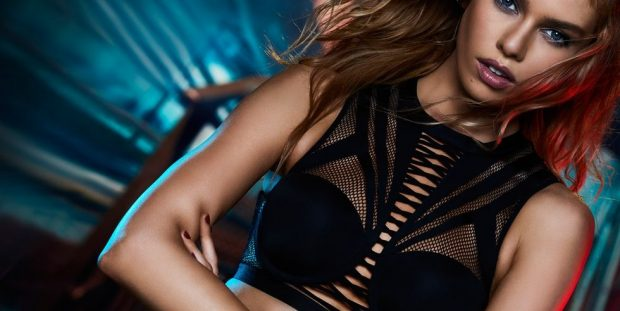 THE FIRST LOOK OF BALMAIN x VICTORIA's SECRET COLLECTION (3 pics)