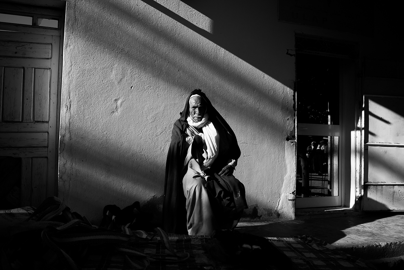Street Photography of Tunisia by Skander Khlif (14 pics)