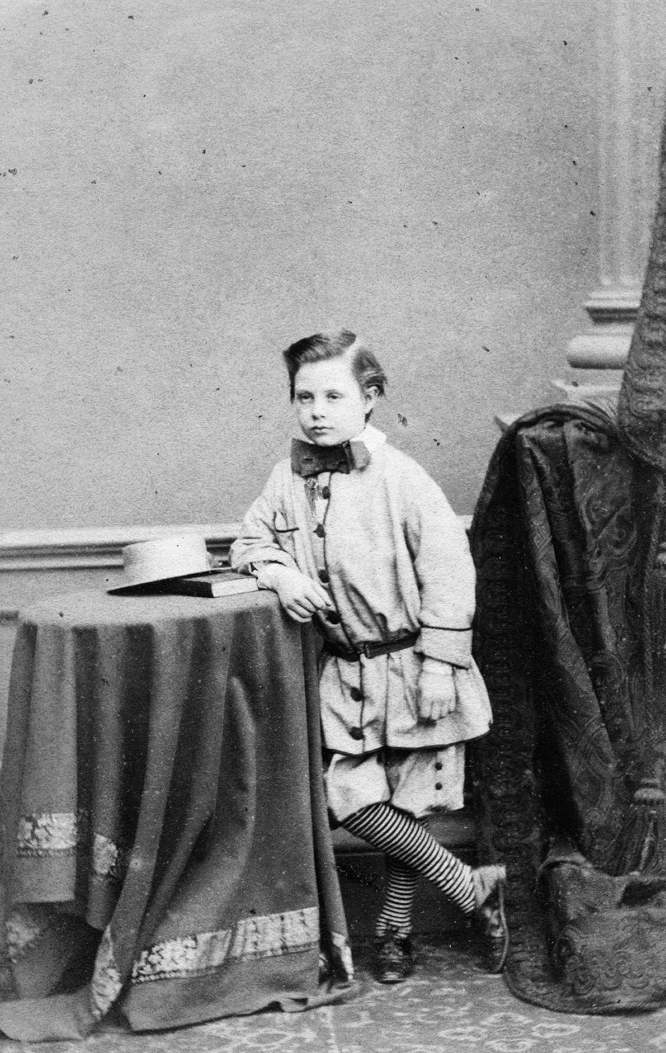 1865. Неизвестный мальчик