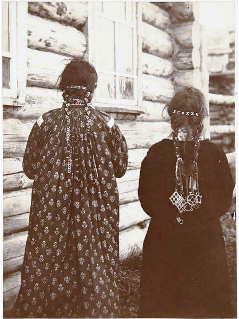 Слева направо: Овди Тагия, Анна Сельмановна. Васюган