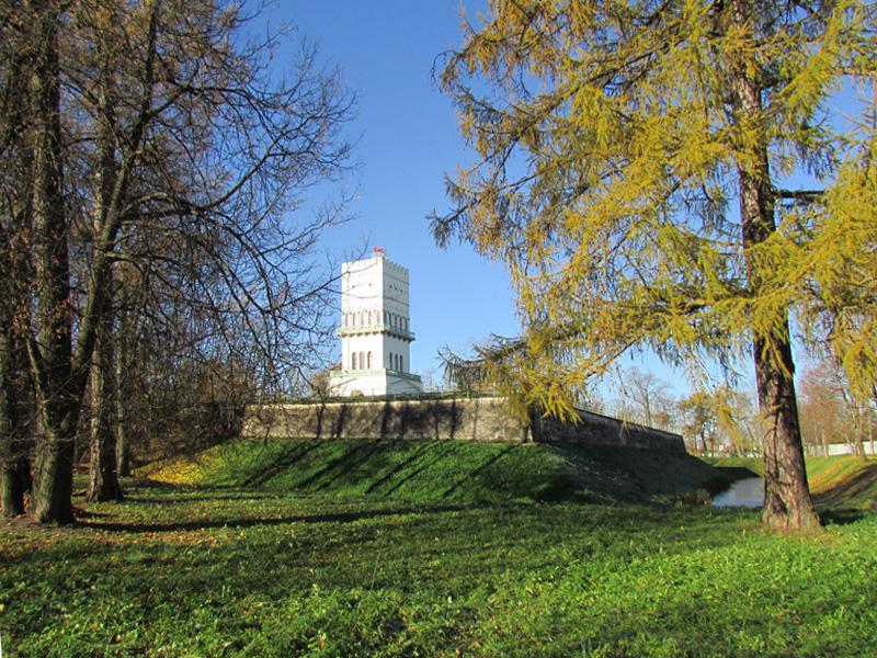 Белая башня в Царском селе