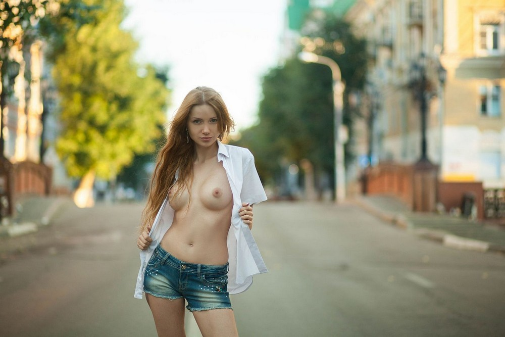 «Ню» Олега Кравцова