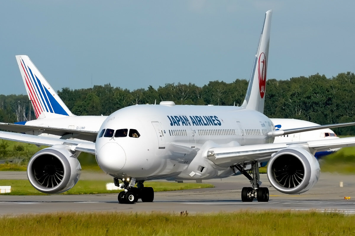 Boeing 787-8 Dreamliner. JAL - Japan Airlines. JA836J.